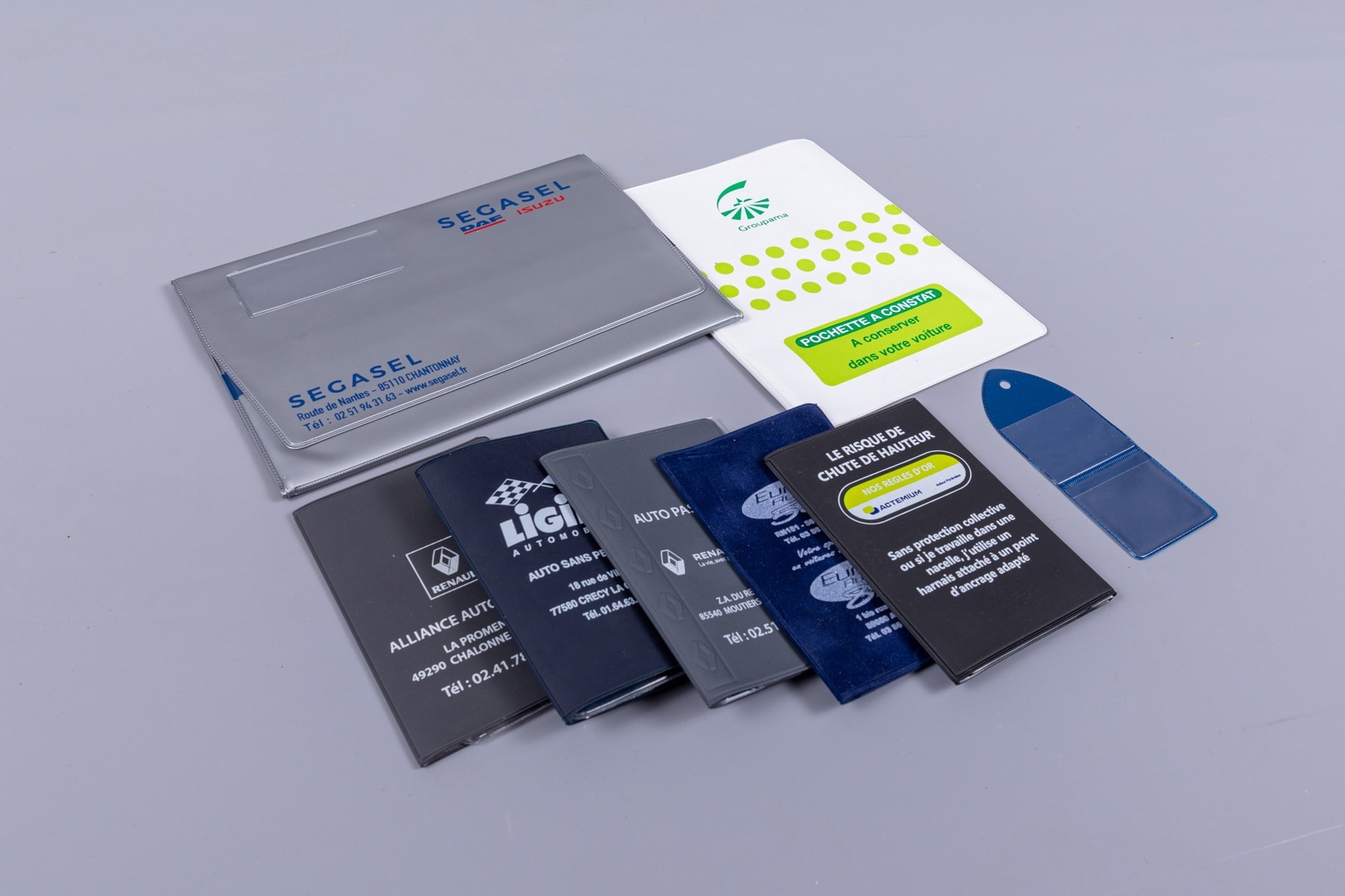 pochettes plastiques opaques tous formats